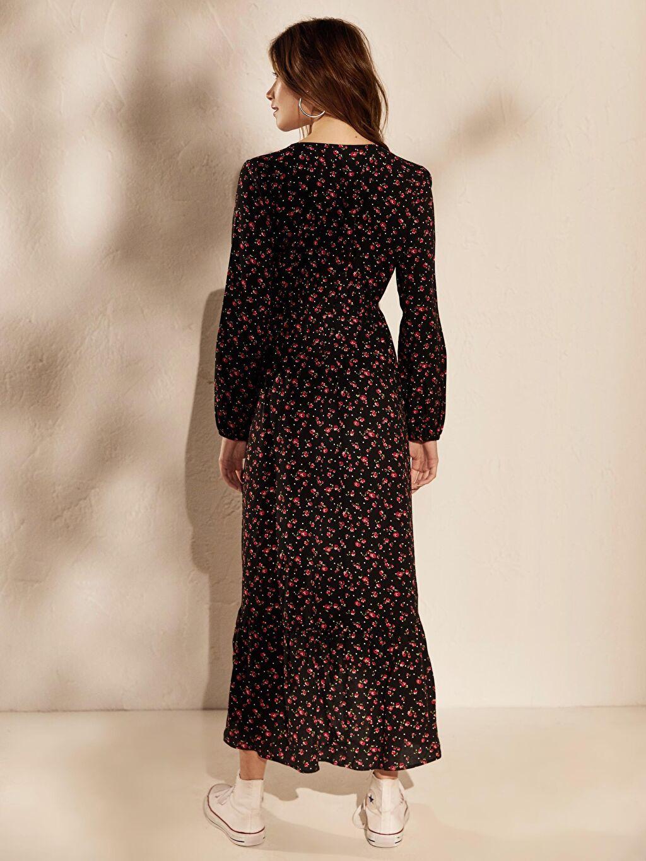 %100 Viskoz Kruvaze Yaka Çiçek Desenli Asimetrik Elbise