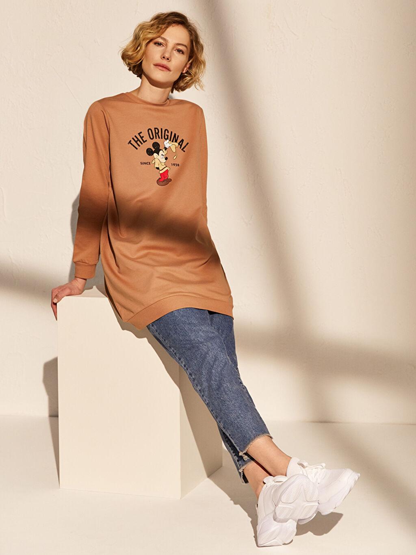 Bej Mickey Mouse Baskılı Sweatshirt 0SO408Z8 LC Waikiki