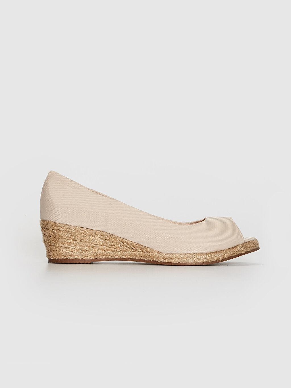 Bej Kadın Hasır Dolgu Topuk Sandalet 0SA522Z8 LC Waikiki