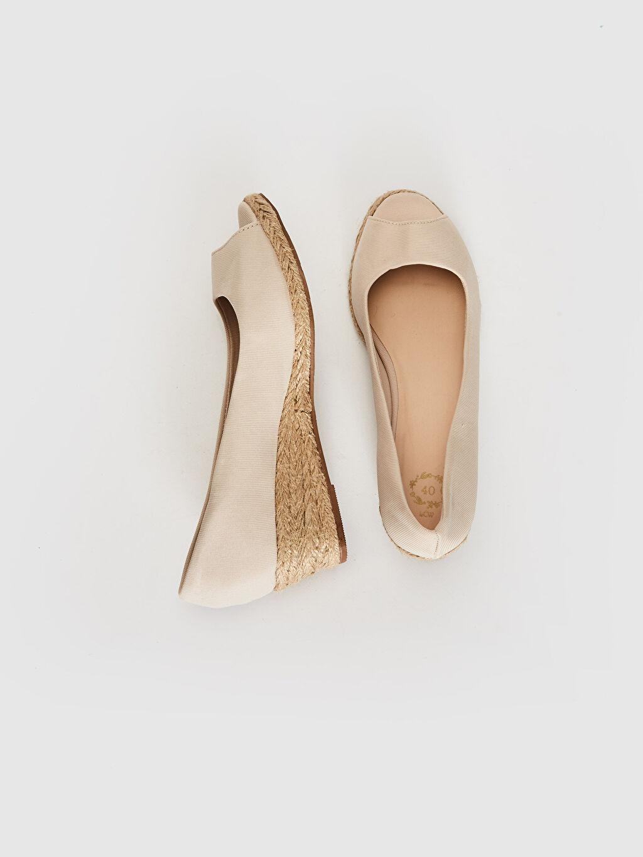 %0 Tekstil malzemeleri (%100 poliester) 3 cm Kısa Sandalet Düz Dolgu Topuk Kadın Hasır Dolgu Topuk Sandalet