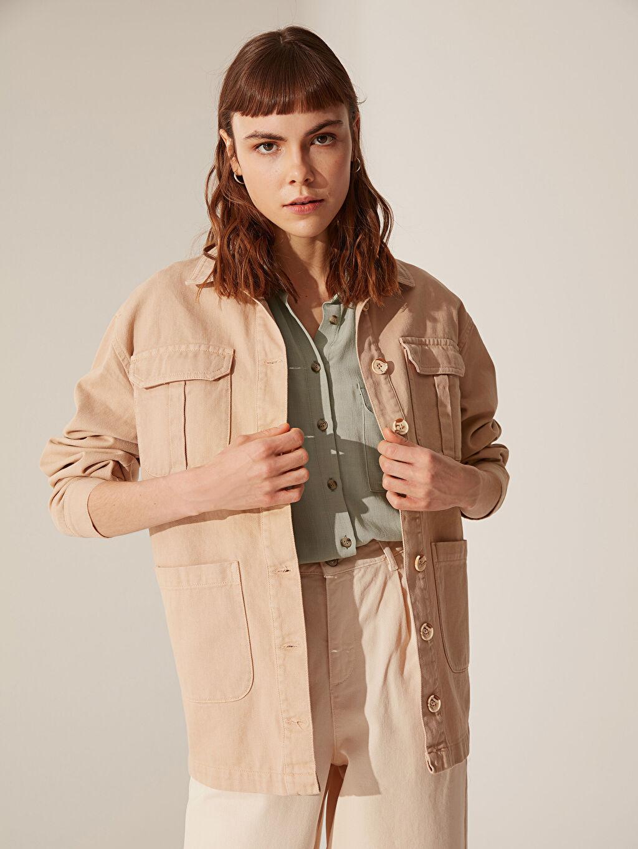 %100 Pamuk Orta İnce Ceket Cep Detaylı Düğmeli Jean Ceket