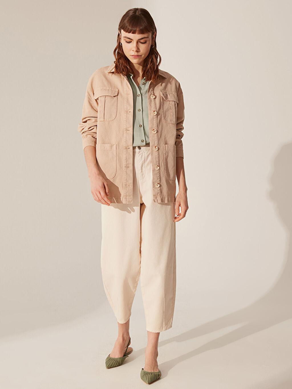 Kadın Cep Detaylı Düğmeli Jean Ceket