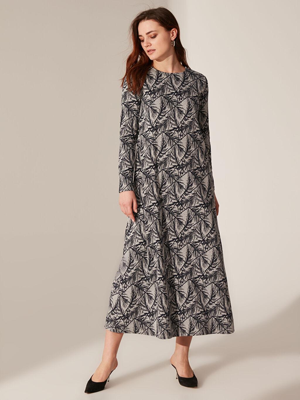 Lacivert Desenli Uzun Esnek Elbise 0SP337Z8 LC Waikiki