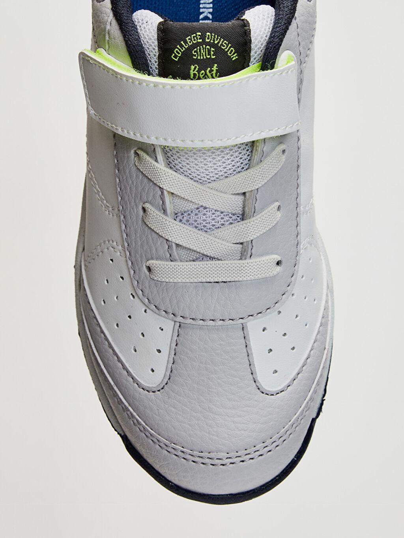 LC Waikiki Beyaz Erkek Çocuk Cırt Cırtlı Günlük Spor Ayakkabı