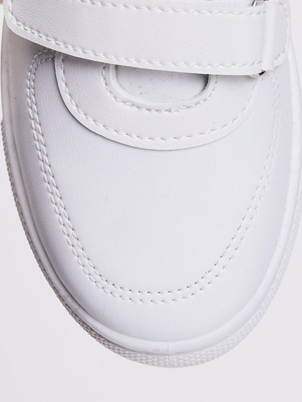 LC Waikiki Beyaz Erkek Çocuk 31-38 Numara Cırt Cırtlı Sneaker