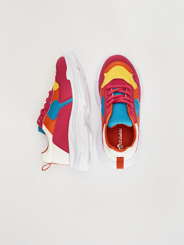 %0 Diğer malzeme (poliüretan) %0 Tekstil malzemeleri (%100 poliester)  Kız Çocuk Kalın Taban Renk Bloklu Günlük Ayakkabı