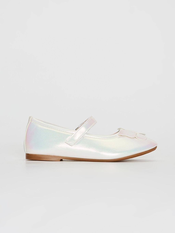 Ekru Kız Çocuk Fiyonk Detaylı Cırt Cırtlı Babet Ayakkabı 0S8823Z4 LC Waikiki