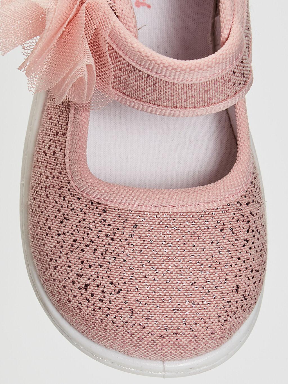 LC Waikiki Pembe Kız Bebek Çiçek Detaylı Bez Babet Ayakkabı