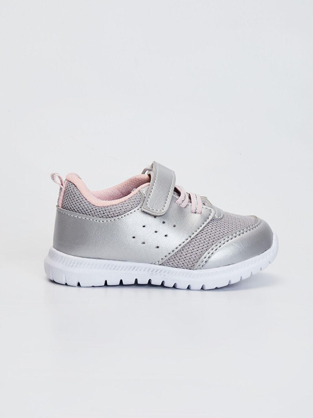 Gri Kız Bebek Aktif Spor Ayakkabı 0S9003Z1 LC Waikiki