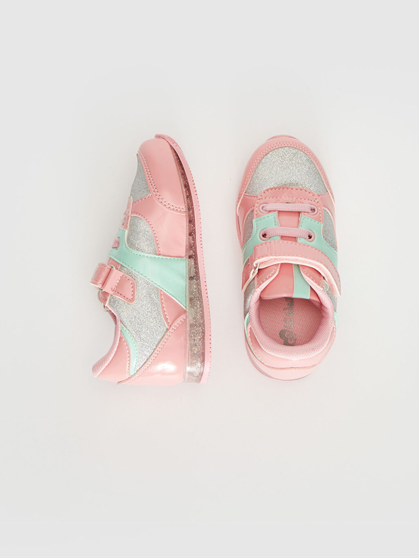 %0 Diğer malzeme (poliüretan) %0 Tekstil malzemeleri (%100 poliester) Sneaker Polyester Astar Bağcık ve Cırt Cırt Tabanı Işıklı Kız Bebek Sim Detaylı Işıklı Spor Ayakkabı