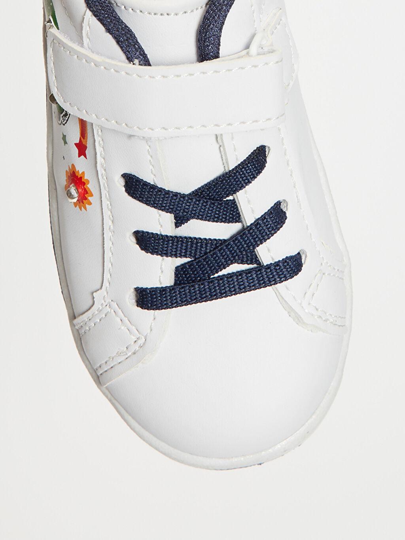 LC Waikiki Beyaz Erkek Bebek Işıklı Günlük Spor Ayakkabı