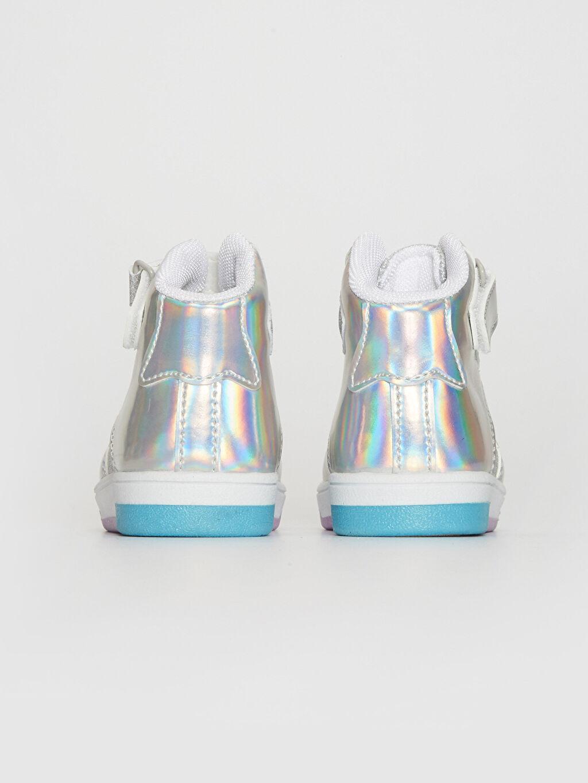 Kız Bebek Hologram Detay Pul Payetli Bot