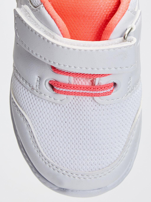 LC Waikiki Beyaz Kız Bebek Cırt Cırtlı Aktif Spor Ayakkabı