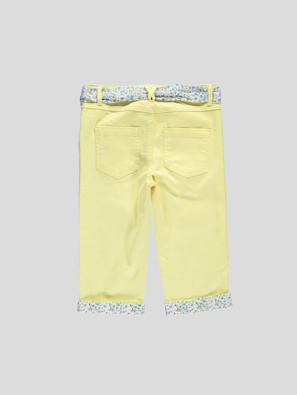 %98 Pamuk %2 Elastan %17 Pamuk %83 Polyester Capri Normal Bel Sarı Normal Bel Capri