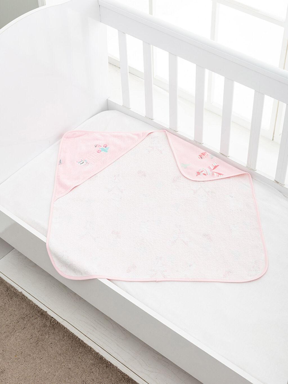 %100 Pamuk  Kız Bebek Nakışlı Kadife Banyo Havlusu