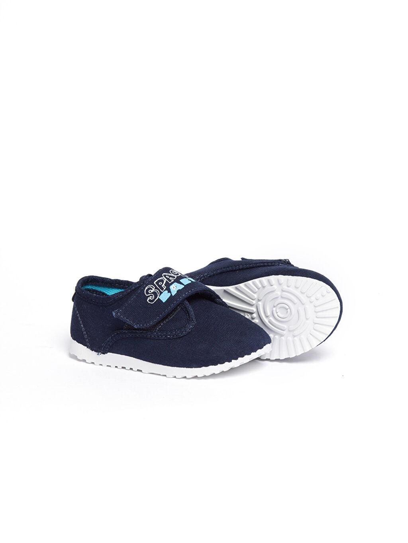 Tekstil malzemeleri Diğer malzeme (poliüretan) Tekstil malzemeleri Ayakkabı Lacivert Cırt Cırt Detaylı Ayakkabı