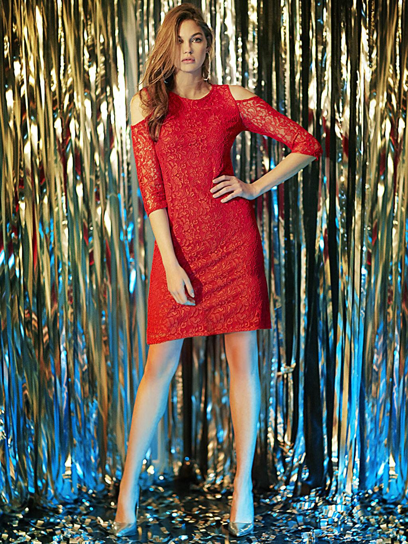 Kırmızı Omuzları Açık Dantel Mini Elbise 7KK424Z8 LC Waikiki
