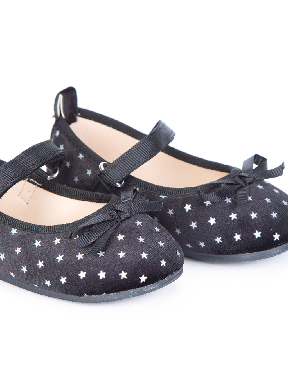 LC Waikiki Siyah Kız Bebek Kadife Babet Ayakkabı