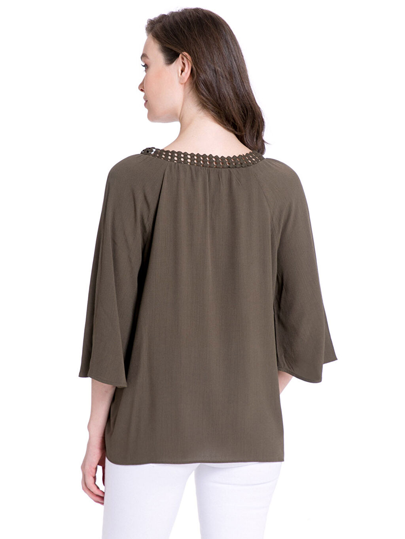 %100 Viskoz Bluz Yakası Bağlama Detaylı Viskon Bluz