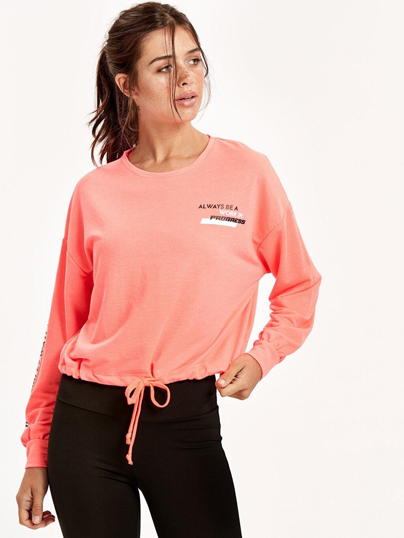 Mercan Slogan Detaylı Sweatshirt 8WH115Z8 LC Waikiki