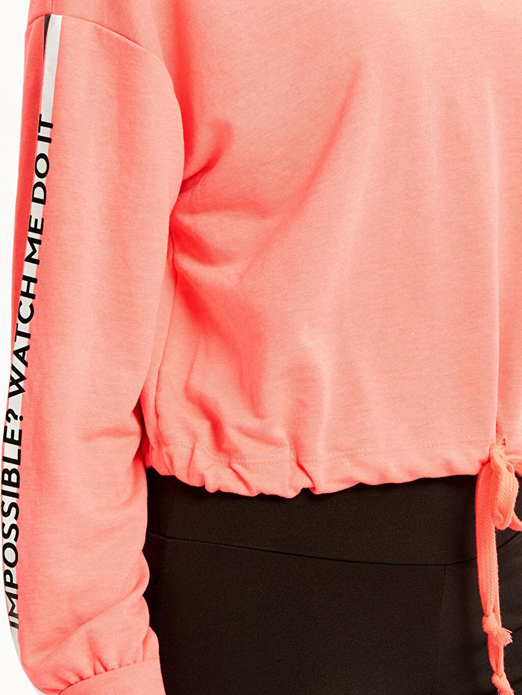 %66 Poliester %34 Viskoz Slogan Detaylı Sweatshirt