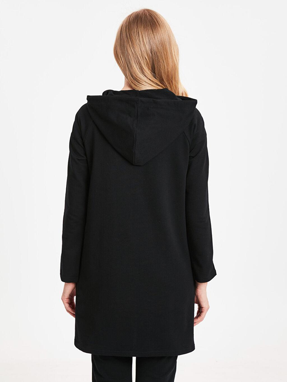 %82 Pamuk %18 Polyester  Şerit Detaylı Kapüşonlu Sweatshirt