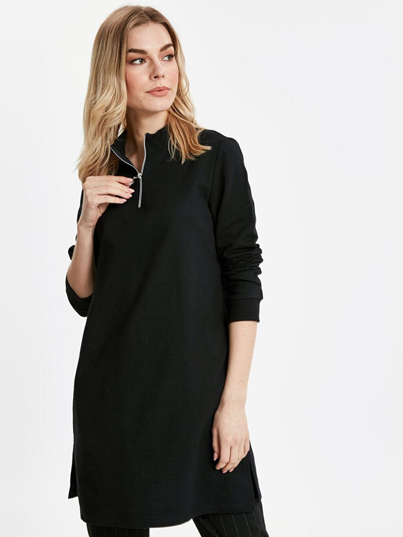 Siyah Yakası Fermuarlı Uzun Sweatshirt 8WP028Z8 LC Waikiki