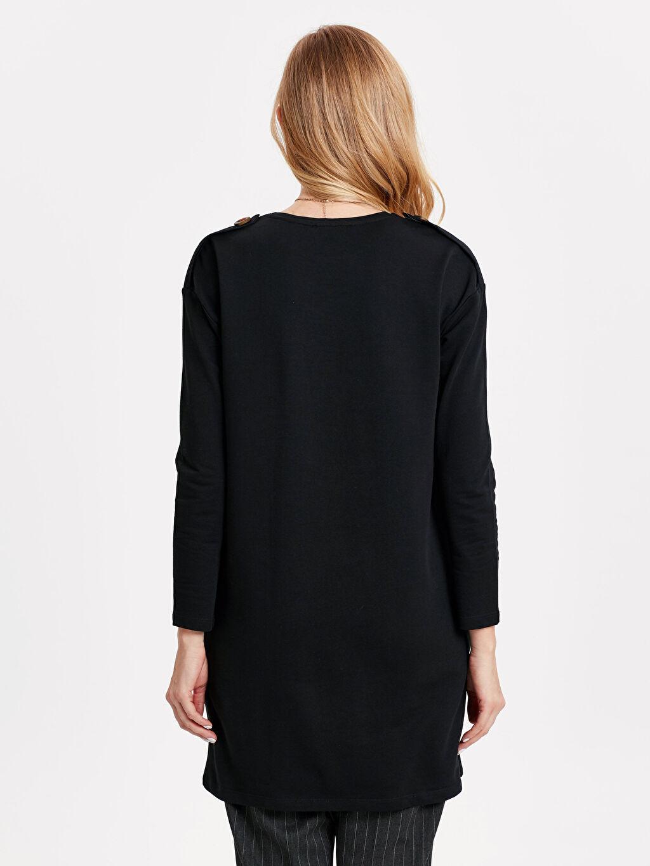 %82 Pamuk %18 Polyester  Omuzları Düğme Detaylı Uzun Basic Sweatshirt