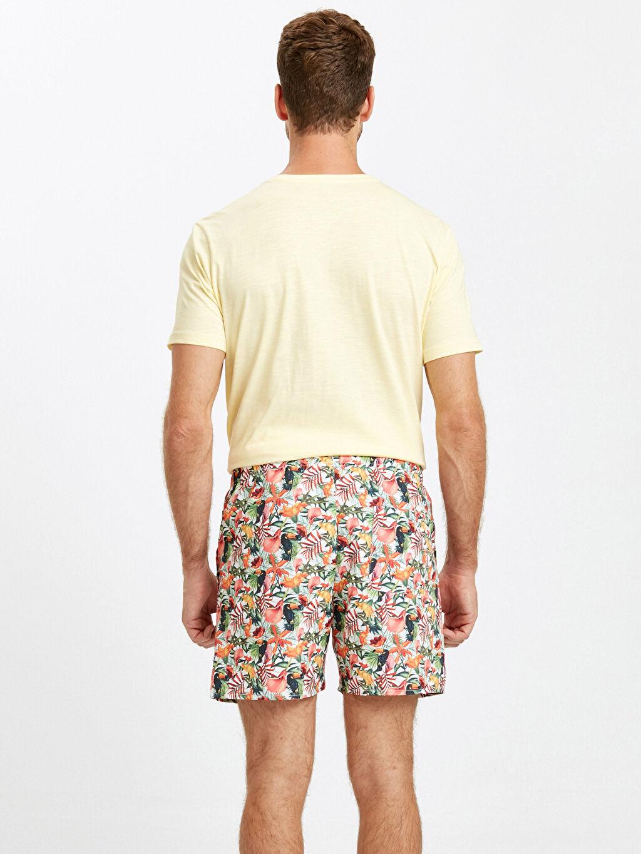 %100 Polyester %100 Polyester  Kısa Boy Çiçek Baskılı Standart Kalıp Deniz Şortu
