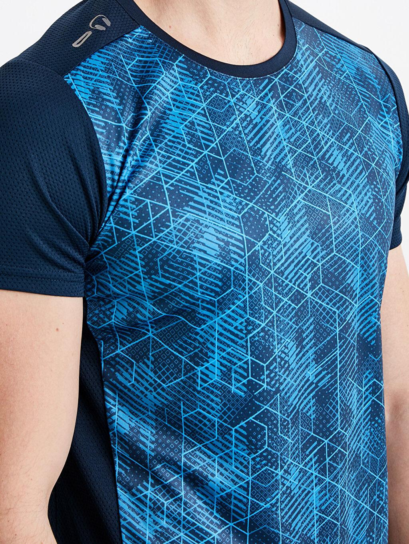 %100 Polyester Desenli Bisiklet Yaka Aktif Spor Tişört
