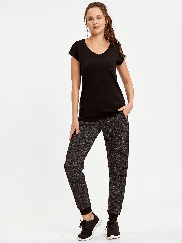 Kadın Cep Detaylı Düz Pamuklu Tişört