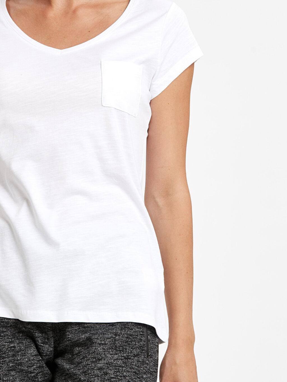 %100 Pamuk Cep Detaylı Düz Pamuklu Tişört