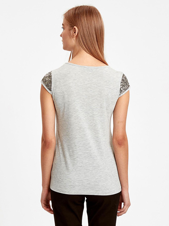 %70 Polyester %30 Viskon Standart Nakışlı Kısa Kol Tişört Diğer Pul Nakışlı Tişört