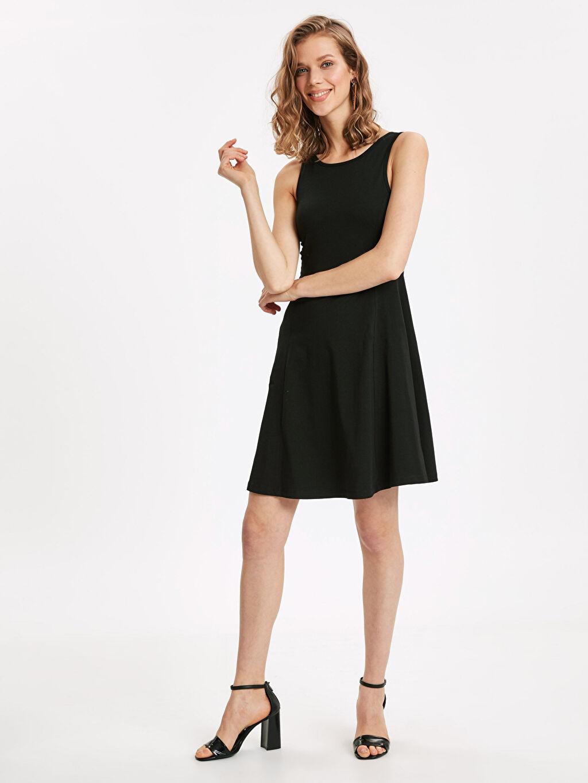 Siyah Sırt Detaylı Pamuklu Elbise 9S9225Z8 LC Waikiki