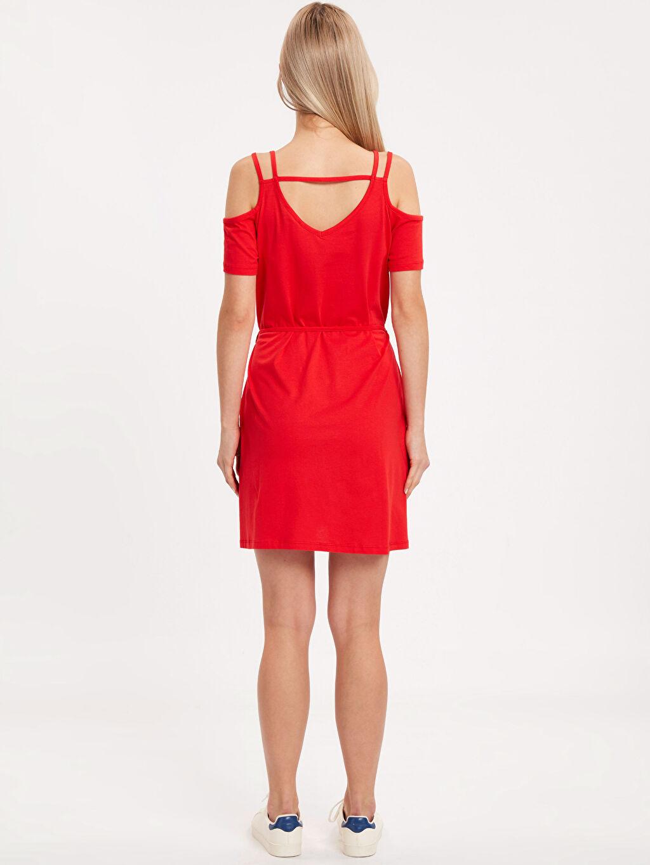 %100 Pamuk Diz Üstü Düz Kısa Kol Omuzları Açık Pamuklu Elbise