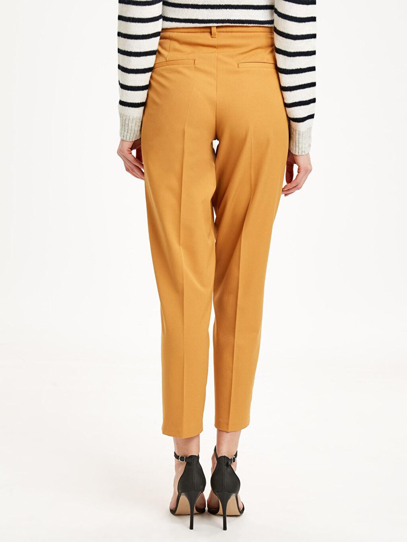 Kadın Bilek Boy Düz Paça Pantolon