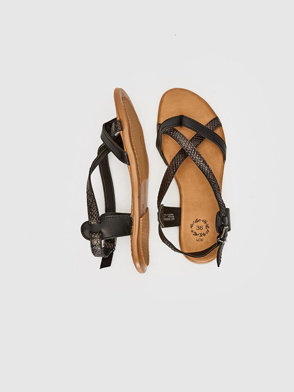 Diğer malzeme (poliüretan) Diğer malzeme (poliüretan)  Kadın Çapraz Bantlı Sandalet