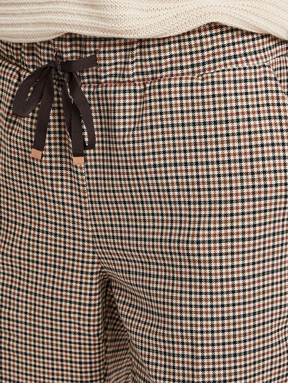 %64 Polyester %33 Viskon %3 Elastan Bilek Boy Ekose Havuç Pantolon