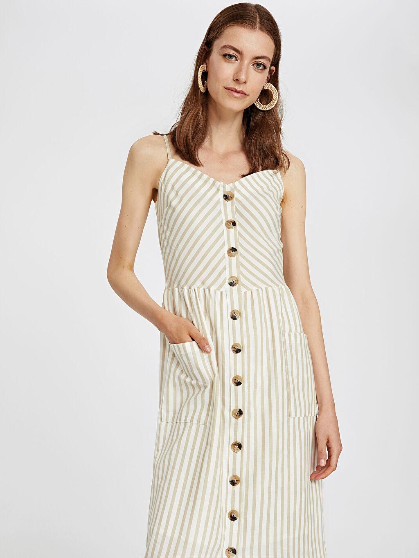 %100 Pamuk %100 Pamuk Diz Altı Çizgili Kolsuz Önü Düğmeli Pamuklu Çizgili Elbise