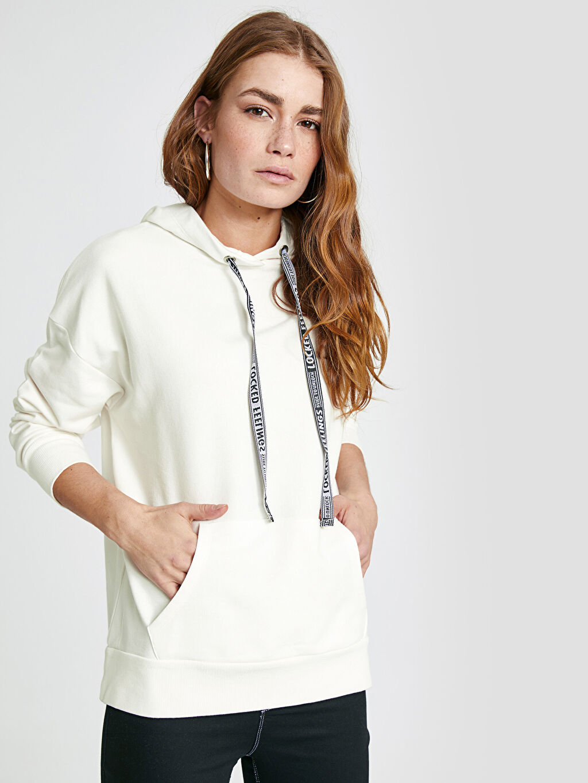 %85 Pamuk %15 Polyester  Kapüşonlu Sweatshirt