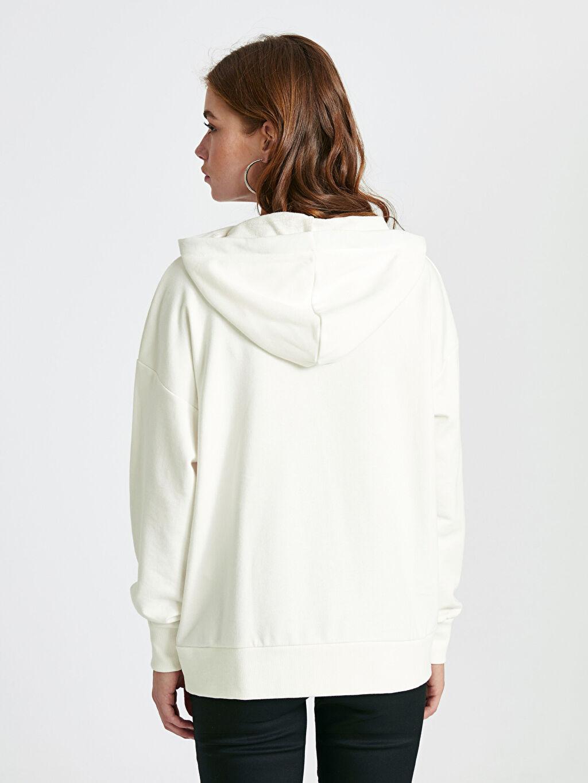 Kadın Kapüşonlu Sweatshirt