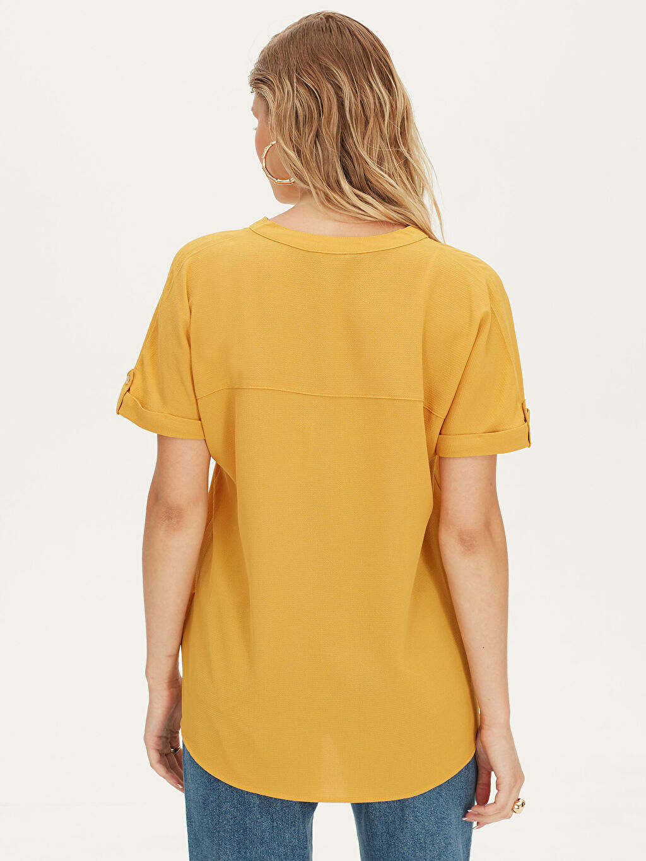 Kadın Kısa Kollu Düz Gömlek