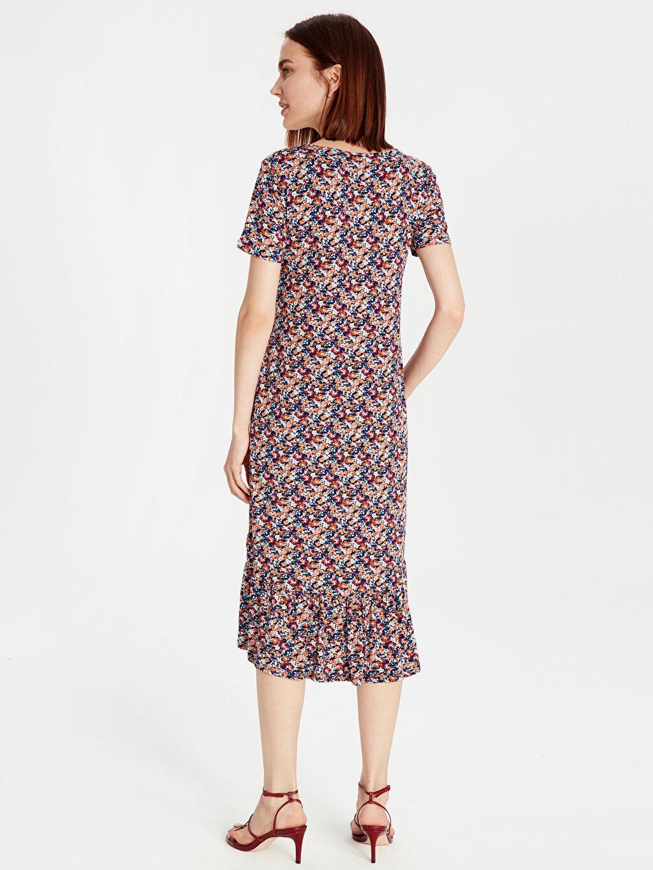Kadın Çiçek Desenli Asimetrik Viskon Elbise