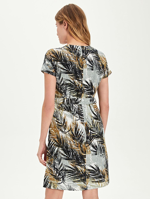 Kadın Kuşaklı Desenli Elbise