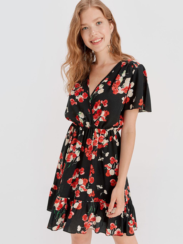 %100 Viskoz Diz Üstü Desenli Kısa Kol Çiçek Desenli Viskon Elbise