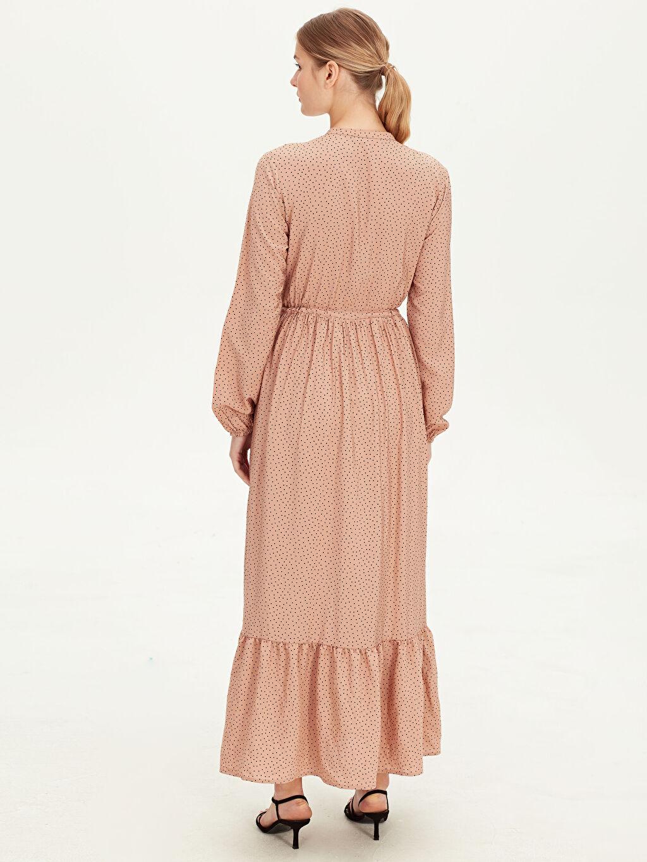 Kadın Beli Bağlama Detaylı Puantiyeli Uzun Elbise