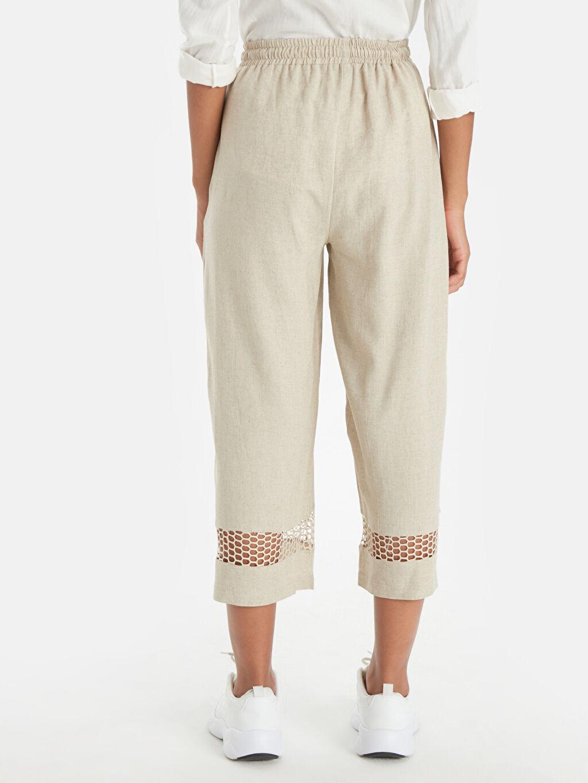Kadın Paça Detaylı Beli Lastikli Kısa Paça Pantolon