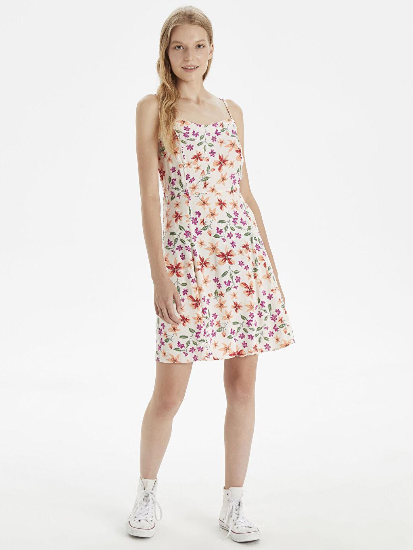 %100 Viskoz Diz Altı Desenli Kolsuz Çiçek Desenli Askılı Elbise