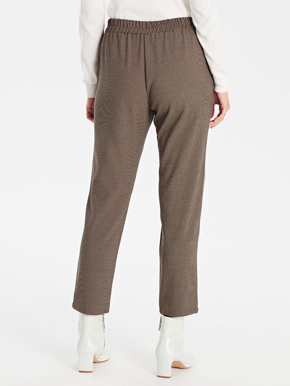 Kadın Beli Lastikli Bilek Boy Ekose Havuç Pantolon