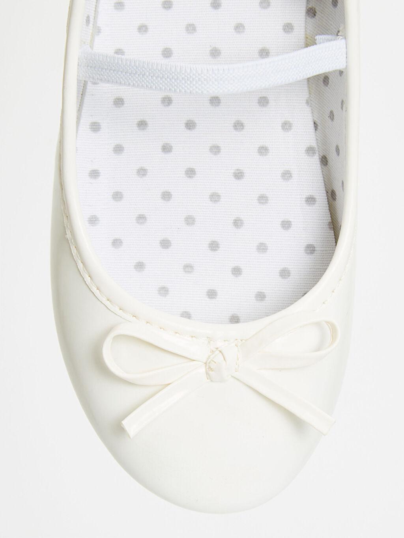 LC Waikiki Beyaz Kız Çocuk Babet Ayakkabı